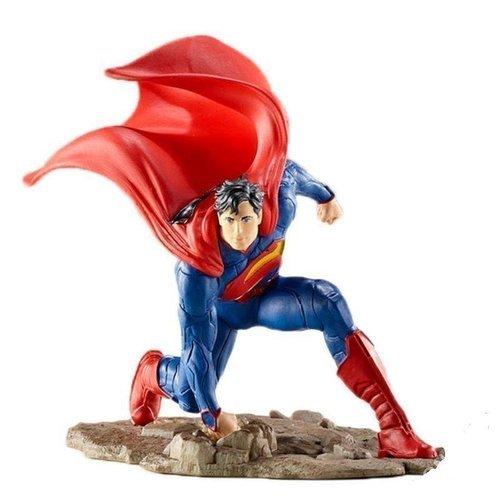 """Фигурка """"Супермен на колене"""""""