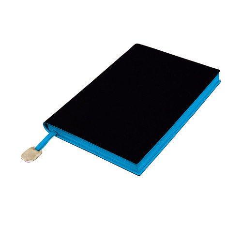 Ежедневник недатированный In Black А6+ голубой maestro de tiempo ежедневник estilo недатированный 288 листов цвет голубой формат a5