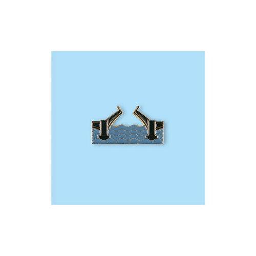Фото - Значок металлический СПБ Разводной мост л ф стржижовский и в чехов визитная карточка страны