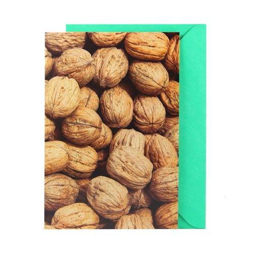 Открытка Орехи открытка фигурная с конвертом мишка размер 14х20 см магнит